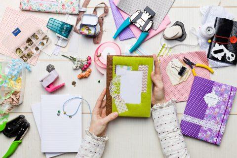 Bricolage, décoration, couture : quelles activités ?