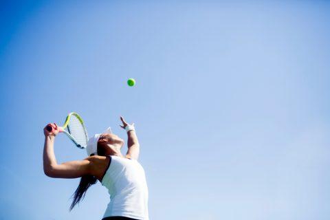 Le tennis : un moyen de se surpasser seul